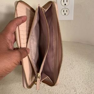 Tory Burch Bags - Tory Burch Passport Continental Wallet